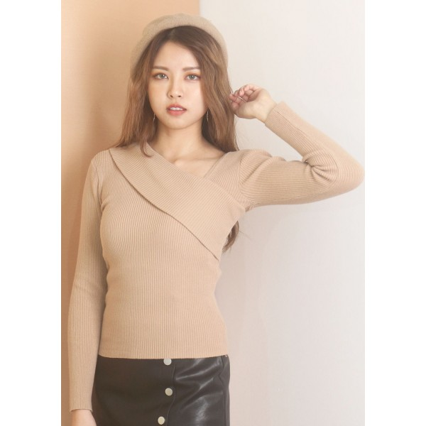 Asymmetrical Ribbed Knitted Top